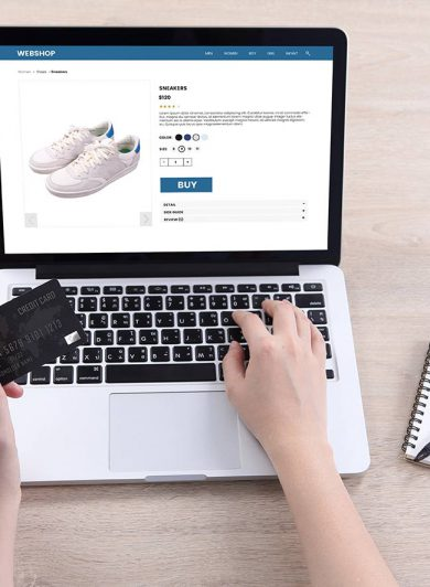 E-handel, webbshop visas på laptop